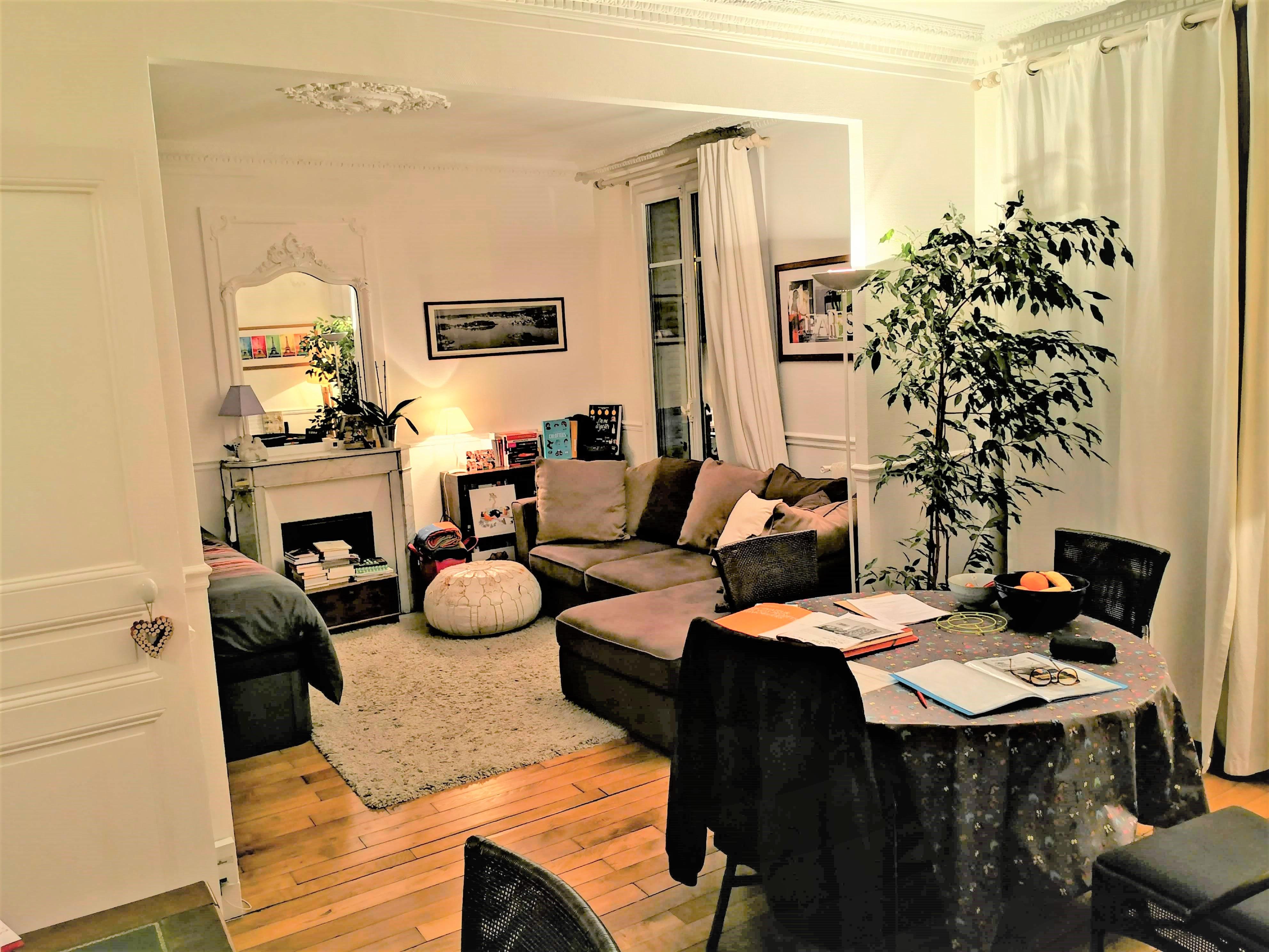 Paris 19 ème Appartement 2/3 pièces quartier butte Chaumont Métro Botzaris